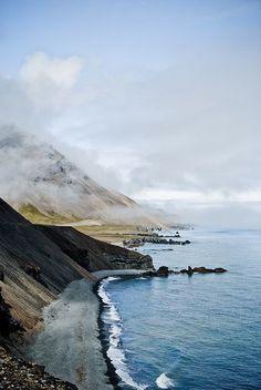 Road to Höfn, Iceland. AUSTURLAND, Municipalité: HORNAFJORDUR