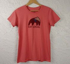 Patagonia Womens Size M Eat Local Upstream Graphic Tee Patagonia, Outdoor Gear, Organic Cotton, Graphic Tees, Outdoors, T Shirts For Women, Shoulder, Eat, Mens Tops