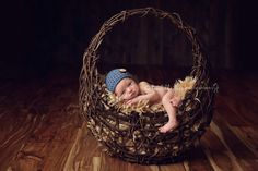 Lots of fabulous baby poses and articles. Confessions of a Prop Junkie » Inspiration. Giveaways. Reviews.