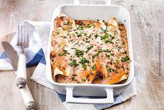 Κρέπες φούρνου με κοτόπουλο και πιπεριές (διαφορετικές) Greek Recipes, Street Food, Lasagna, Quiche, Side Dishes, Pancakes, Turkey, Cooking, Breakfast