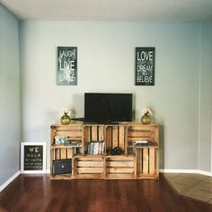 More ideas below: DIY Pallet Entertainment center … More ideas below: Flooring Entertainment Center Home Decor Living Room. Flooring Entertainment Center with Barn Door Repurpose Farmhouse Entertainment Center Interior Room Decoration, Room Interior, Diy Home Decor, Diy Apartment Decor, Apartment Ideas, Crate Tv Stand, Diy Tv Stand, Tv Stand Made From Crates, Wooden Crates Tv Stand