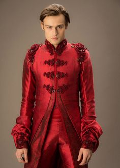 Costumes - Titus Abrasax (Douglas Booth) - Jupiter Ascending – Official Look Book