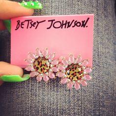 Betsey Johnson LEOPARD FLOWER STUD EARRING