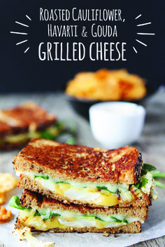 It's a Havarti party for your tastebuds! Combine roasted cauliflower and onions, spicy arugula, lemon-mustard aioli, Arla Havarti and Gouda on buttery bread. The whole family will enjoy this extravagant grilled cheese. After all, two types of cheese are always better than one!