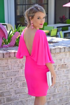 What color shoes to wear with a fuchsia dress Vestidos Color Fucsia, Bright Winter Outfits, Dress Outfits, Fashion Dresses, Fuchsia Dress, Smart Dress, Affordable Fashion, Stylish Outfits, Dress To Impress
