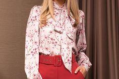 Bluza dama PrettyGirl roz prafuit office din voal cu imprimeuri florale scurta mulata accesorizata cu o fundita Cambridge Satchel, Floral, Fashion, Moda, Fashion Styles, Flowers, Fashion Illustrations, Flower
