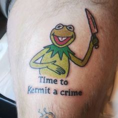 29 Pun Tattoos Youll Be Jealous You Dont Have - The Funny Beaver Dope Tattoos, Pretty Tattoos, Body Art Tattoos, Tattoos For Guys, Sleeve Tattoos, Funny Small Tattoos, Small Wrist Tattoos, Funny Tattoos Fails, Random Tattoos