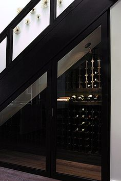 SS - Mini cellier Wine cellar under the stairs? Under Stairs Wine Cellar, Wine Cellar Basement, Home Wine Cellars, Wine Cellar Design, Wine Cellar Modern, Wine Display, Wine Cabinets, Wine Fridge, In Vino Veritas