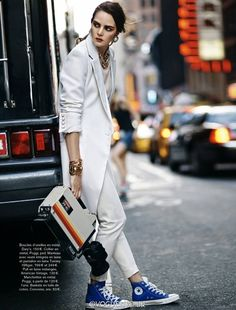 sports luxe ☆ Adrian Mesko for Glamour France Nov 2013 Wedding Converse, Converse Style, Outfits With Converse, Blue Converse, Cheap Converse, Blue Sneakers, Converse Sneakers, Converse High, New Fashion