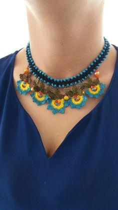 Boho Jewelry, Jewelry Crafts, Jewelry Necklaces, Beaded Necklace, Jewelry Design, Crochet Accessories, Handmade Accessories, Bead Crochet, Crochet Earrings