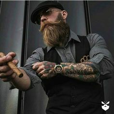 Support this badass Bearded Bad Boy booze_baccy . Bart Tattoo, Bart Styles, Sexy Bart, Badass Beard, Look Rockabilly, Style Masculin, Look Man, Long Beards, Hipster Man