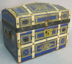 Small Antique Doll's Trunk With Fitted Interior