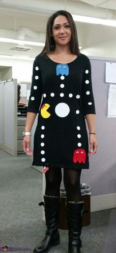 Pacman Game - Halloween Costume Contest via Costume Works Ms. Pacman Game - Halloween Costume Contest via Costume Works Meme Costume, Pac Man Costume, Costume Works, Easy 80s Costume, Pacman Ghost Costume, Eighties Costume, Dyi Costume, Costume Shirts, Soirée Halloween
