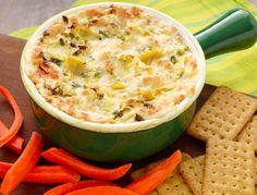 Salsa caliente de tres quesos y alcachofa