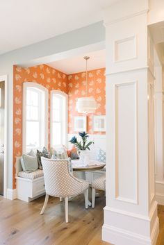 House of Turquoise: Dream Home Tour - Day One - Breakfast Nook Home Design, Luxury Interior Design, Design Design, Wallpaper Decor, Home Wallpaper, Kitchen Nook Wallpaper, Crazy Wallpaper, Orange Wallpaper, Breakfast Nook Table