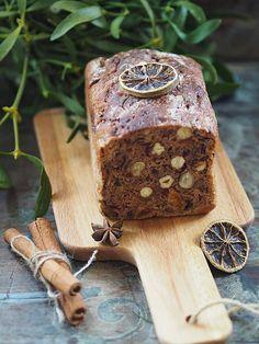 Chleb bakaliowy na zakwasie. Świąteczny! – Kuchennymi drzwiami Wood Watch, Wooden Clock