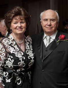In recognition of Richard and Jane Lublin's generosity, the waiting room in the Neag Comprehensive Cancer Center in the new Ambulatory Care Center will be named in their honor.