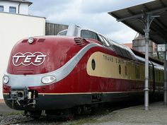 Europa Express, Diesel, Locomotive Engine, Rail Transport, Old Trains, Train Pictures, By Train, Busses, Training Equipment