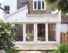 Modern side extension