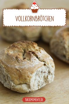 Delicious wholemeal buns to bake yourself Simple Whole Whole Grain Recipe for delicious wholemeal bread rolls. The post whole-grain bread rolls appeared first on Dessert Platinum. Bread Recipes, Baking Recipes, Chicken Recipes, Easy Recipes, Dessert Nouvel An, Pan Integral, Grain Foods, Whole Grain Bread, Le Diner