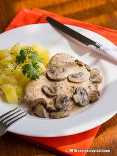 Lomo de cerdo en salsa de champiñones. Receta | Cocina Muy Fácil | http://cocinamuyfacil.com