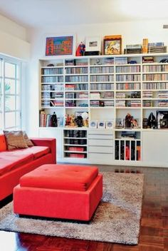 Books and libraries - www.myLusciousLife.com, actually would like all 4 walls to be just like this.