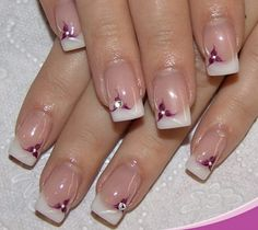French manicure is the go-to nail style of many women. Discover how to do the classic French manicure and its modern versions like the reverse French manicure. Nail Art Designs, French Manicure Nail Designs, Manicure E Pedicure, Manicure Ideas, Mani Pedi, French Nails, Elegant Touch Nails, Jolie Nail Art, Nagel Hacks