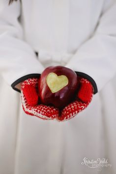 Treasures to Hold ~ Apple Heart ~ Kristín Vald