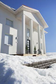 #designtalo #julkisivu Home Fashion, Mansions, House Styles, Outdoor Decor, Design, Home Decor, Decoration Home, Manor Houses, Room Decor