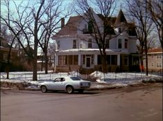 The Mary Tyler Moore Show House at 2104 Kenwood Parkway, Minneapolis, MN. Those Were The Days, The Good Old Days, Mary Tyler Moore Show, Home Tv, Home Movies, Classic Tv, Best Memories, Best Shows Ever, Favorite Tv Shows