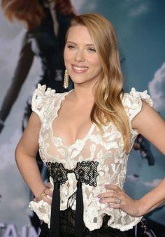 Scarlett Johansson – Captain America: The Winter Soldier Premiere in LA
