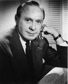 Jack Benny (actor) - Died December Born February Huge star on radio and in the early days of television, was supposed to have starred in The Sunshine Boys but died just before shooting began, married to frequent co-star Mary Livingstone. Hooray For Hollywood, Golden Age Of Hollywood, Vintage Hollywood, Hollywood Stars, Classic Hollywood, Vintage Tv, Famous Men, Famous Faces, Famous People