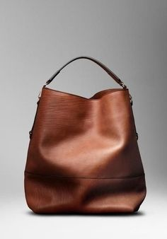 I just love this Burberry tote. It's modern, it's roomy .only $115. #Burberry…