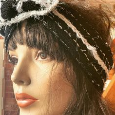 "La Tete Ailleurs Creations on Instagram: ""Headband «classieux» !modulable à souhait"" Tricot D'art, Creations, Dreadlocks, Hair Styles, Beauty, Instagram, Wish, Hair Plait Styles, Hair Makeup"