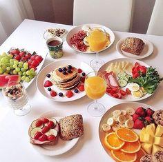 Easy and Healthy Breakfast Menu Idea - Assyifa Website Healthy Breakfast Menu, Breakfast Recipes, Dinner Healthy, Breakfast Dishes, Breakfast Ideas, Healthy Food, Food Platters, Food Goals, Aesthetic Food