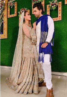 Image may contain: 2 people, people standing and wedding Pakistani Fancy Dresses, Pakistani Wedding Outfits, Indian Bridal Outfits, Pakistani Dress Design, Indian Designer Outfits, Dulhan Dress, Walima Dress, Shadi Dresses, Pakistan Wedding