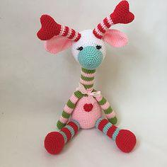 Aprende a tejer esta preciosa y colorida Jirafa Amigurumi con un patrón original de Nathalie Sweet Stitches totalmente traducido al español.