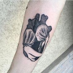 Tatto Artist @bombayfoor  #tattoo #tattooed #ink #inked #inklife #inkaddict  #tattoosofintagram #instatattoo #tattoolove #inkedandproud #inkart #tattooart #tattoolife #tattoolove #tattoopassion #tattooinspiration #tattocommunity #tattoolover  #tattooedcommunity #supportgoodtattoo #supportgoodtattooartist #skinart #bodyart #bodymodification #tattooblogger #lamoglietatuata #thetattooedwife