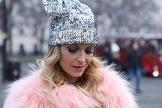 Bratislava | Cristina Ferreira | Street Style | Fashion | Slovakia | Lr Health & Beauty Systems   Casaco | Veste Couture Calças | Zara Camisola | Gracedition Sandálias | Dolce & Gabanna Carteira | Gucci Gorro | Pinko
