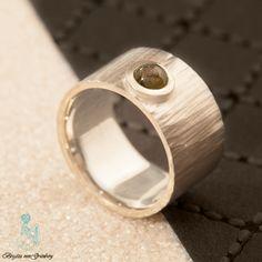 Geschmiedeter Ring aus 925er Silber mit Turmalin
