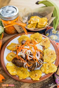 Thanks to Chef Manouschka Guerrier for this fantastic recipe! Carribean Food, Caribbean Recipes, Haitian Food Recipes, Jamaican Recipes, Hatian Food, Island Food, Food Cravings, International Recipes, I Love Food