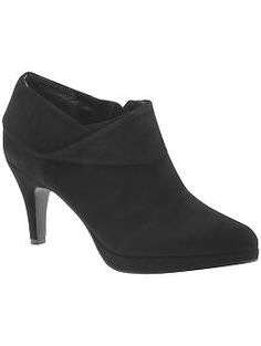 Bandolino Just Becuz black suede ankle boots