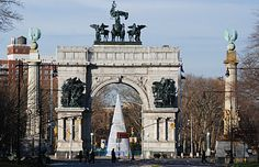 The Soldiers' and Sailors' Memorial Arch is a memorial to the fallen sailors and soldiers of the Civil War