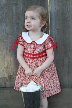 vintage feedsack dress (and free 2/3T pattern!) with free peter pan collar tutorial