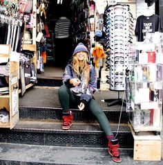beyonce street wardrobe | Wardrobe Query: Beyonce's Instagram Canal Street Kokon to Zai Champion ...