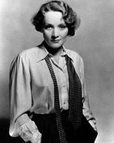 Marlene Dietrich, 20ies hairstyle