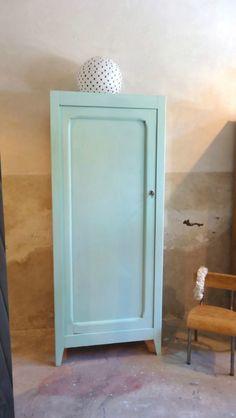 Armoire une porte ancienne vertdeau