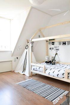 Binnenkijker Sem - The Baby Project Kura Bed, Kidsroom, Kids Bedroom, Toddler Bed, Baby Boy, Cool Stuff, Creative, Inspiration, Furniture