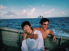 Wiedersehen zwischen Alvaro Morte und Ursula Corbero alias The Professor und Tokio . Netflix Series, Series Movies, Tv Series, Movie Couples, Cute Couples, Professor, Singles Online, Best Series, Beautiful Person