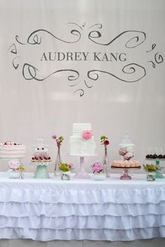 I want this exact everything for my wedding.  Please wrap it up and deliver it, thanks. :)
